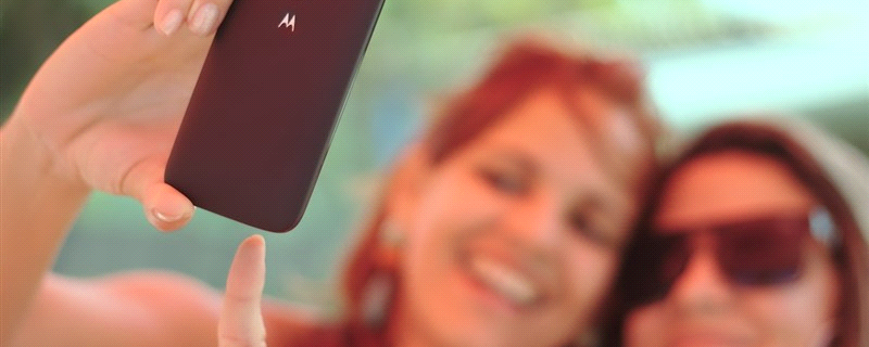 5 Selfies You Need to Take for Your Business